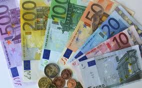 Los malos datos de Bienes duraderos hacen subir al Euro