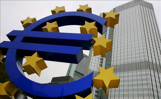 La segunda megasubasta del BCE abre las puertas al QE europeo