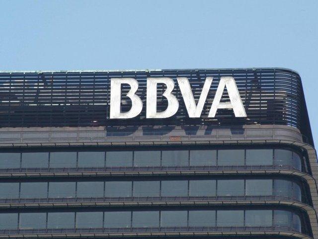 BBVA gana 2.610 millones en 2014