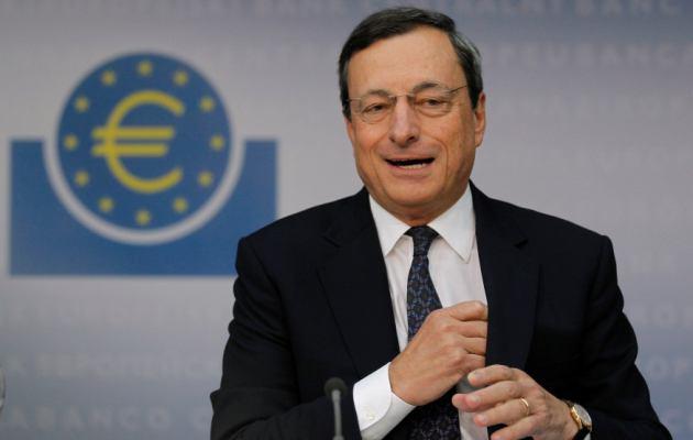 Draghi mantiene tipos y no aporta datos nuevos