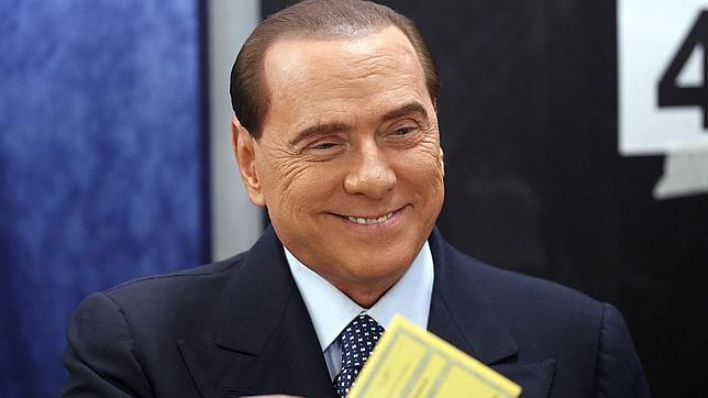 Berlusconi la vuelve a liar